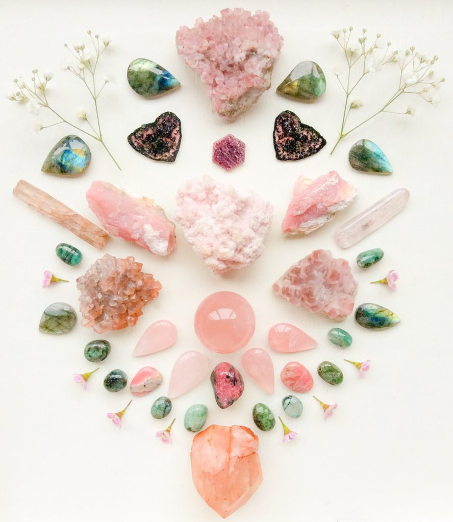 Rodochrosite, Smithsonite, Cobalto Calcite, Ruby, Tourmaline, Kunzite, Pink Andean Opal, Rose Quartz, Rhodonite, Morganite, Emerald, Labradorite, Chamelaucium Flowers and Gypsophila Flowers