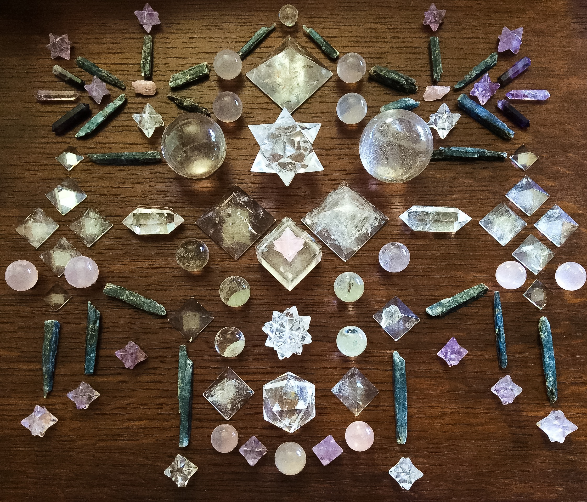 Quartz, Morganite, Kyanite, Pink Girasol, Amethyst and Rose Quartz Crystal Gride by Woodlights Woudlicht