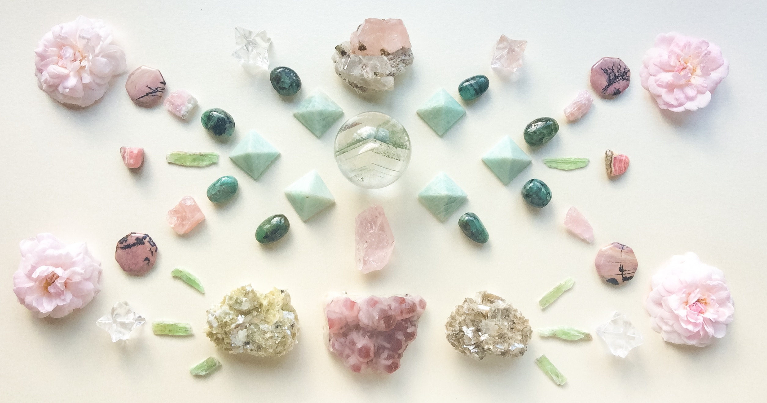 Phantom Chlorite Quartz, Morganite, Morganite with Dravite and Quartz, Cobalto Calcite, Amazonite, Emerald, Green Kyanite, Rodochrosite, Rhodonite, Star Muscovite, Quartz and Roses from our garden