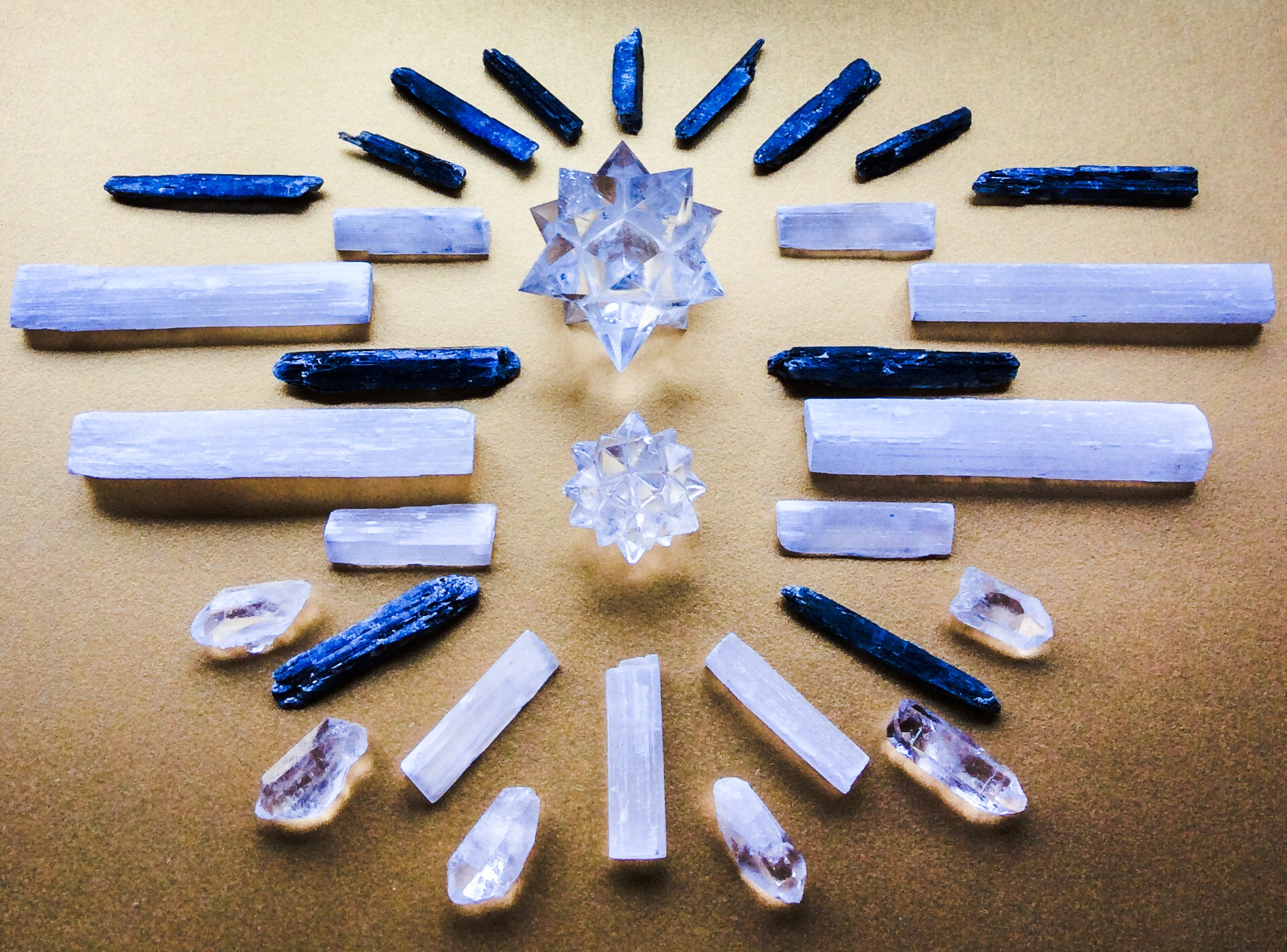 Quartz, Kyanite and Selenite