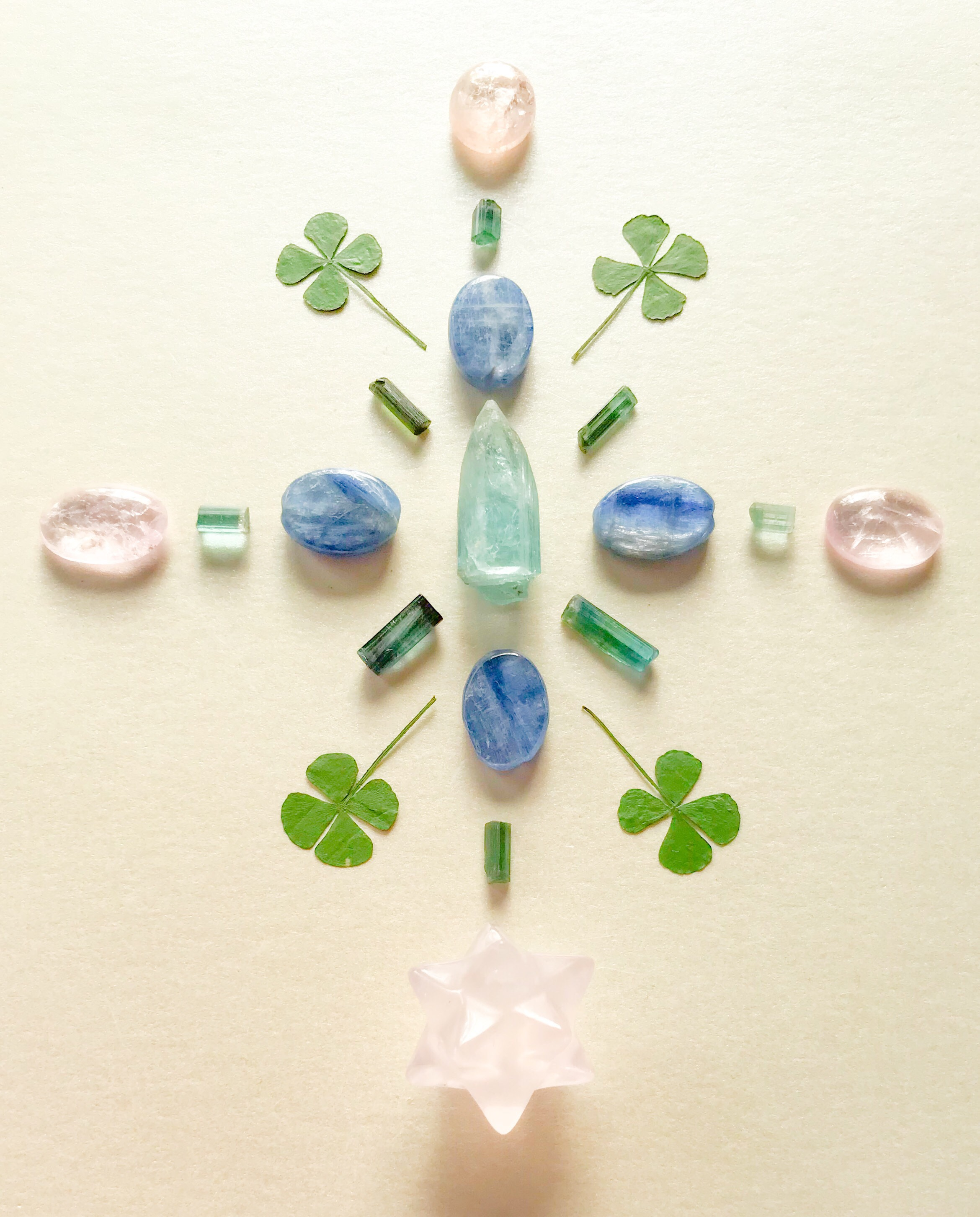 Aquamarine, Indicolite, Kyanite, Morganite, Rose Quartz and Clover