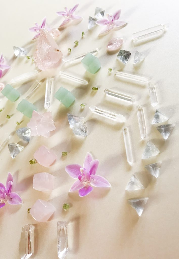 Morganite, Quartz, Peridot, Fluorite, Jade, Rose Quartz and Orchid close up