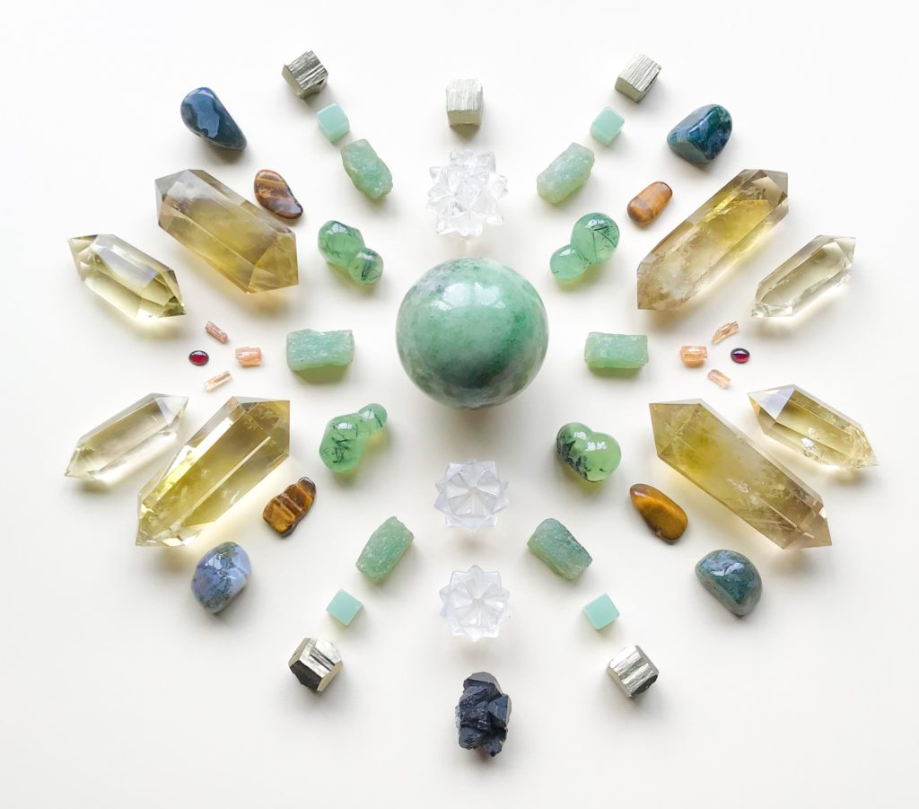 Jade, Phrenite, Aventurine, Pyrite, Quartz, Tiger Eye, Imperial Topaz, Citrine, Garnet and Moss Agate