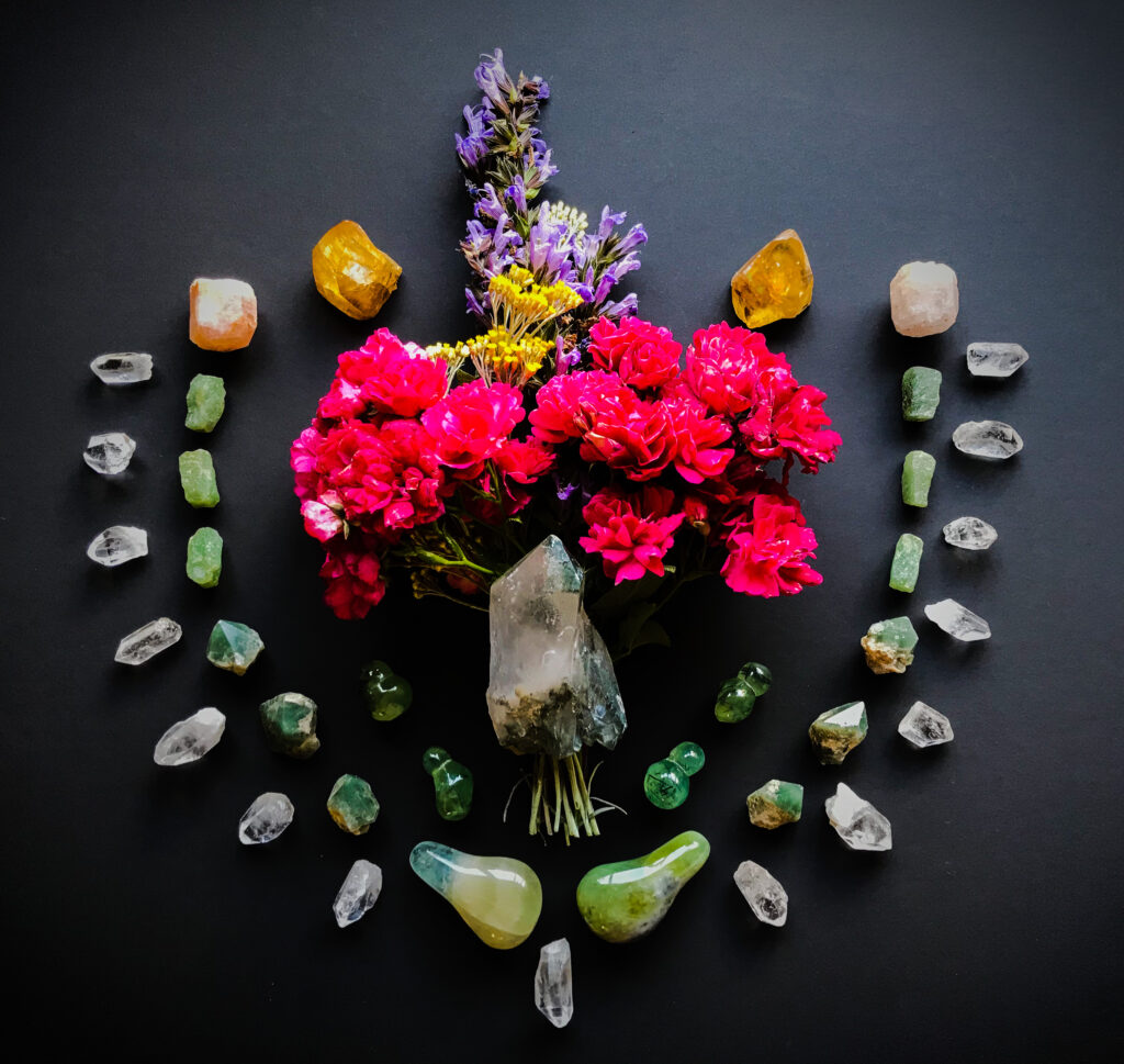 Chlorite Quartz, Prehnite with Epidote, Fluorite, Green Quartz, Aventurine, Morganite, Honey Calcite, Quartz, Helichrysum italicum, Roses from the garden, Salvia officinalis Purpurascens