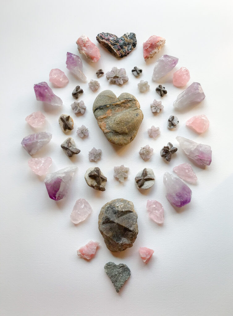 A Stone with a Hematite and a Quartz vein, Aragonite, Staurolite, Rose Quartz, Amethyst, Eudialyte, Pink Andean Opal, Granite