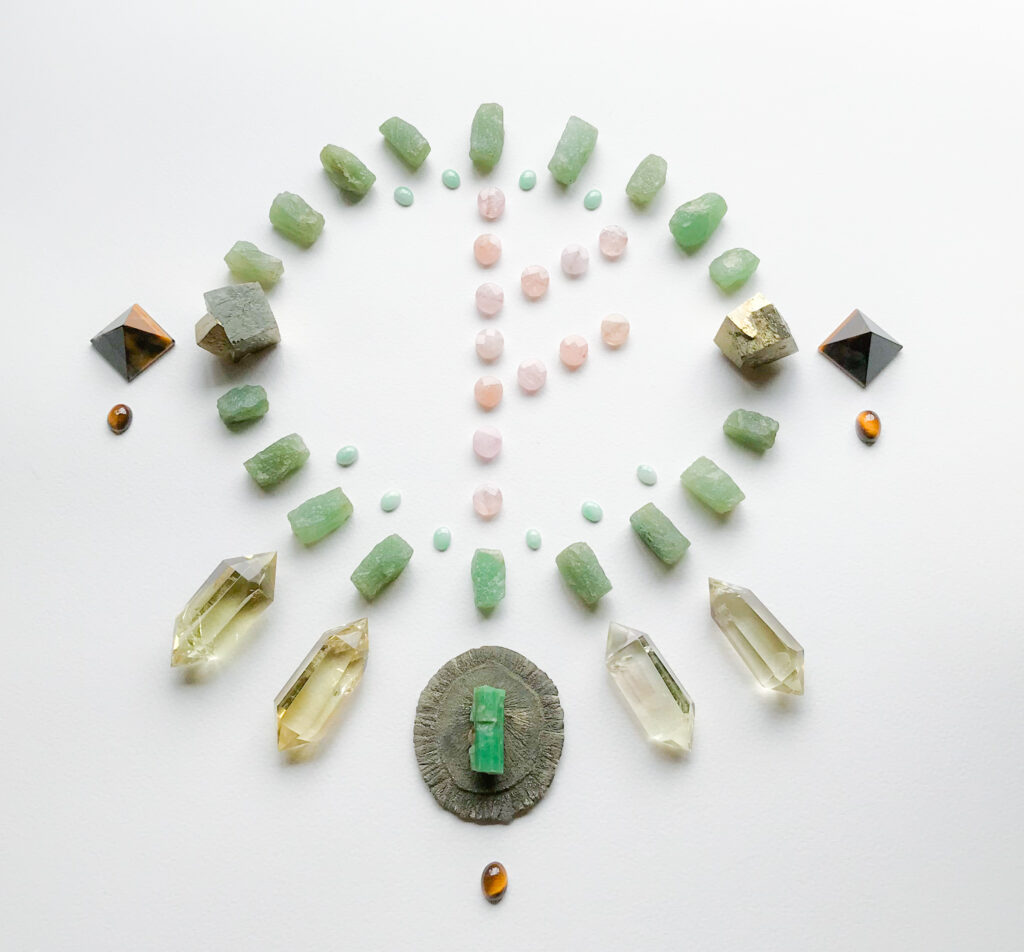 Morganite, Jade, Aventurine, Pyrite, Citrine, Emerald, Tiger Eye